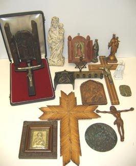 354: Religious Icons Crucifix Lot