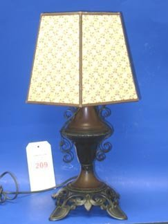 209: Bradley & Hubbard Lamp