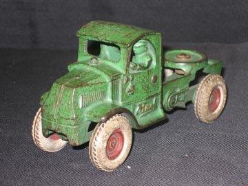 213: Arcade Cast Iron Truck