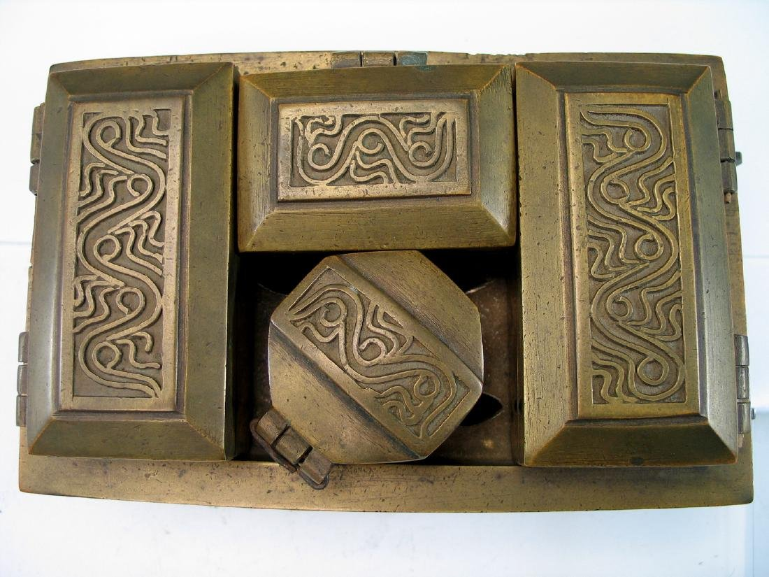 Chinese bronze opium box set. - 2