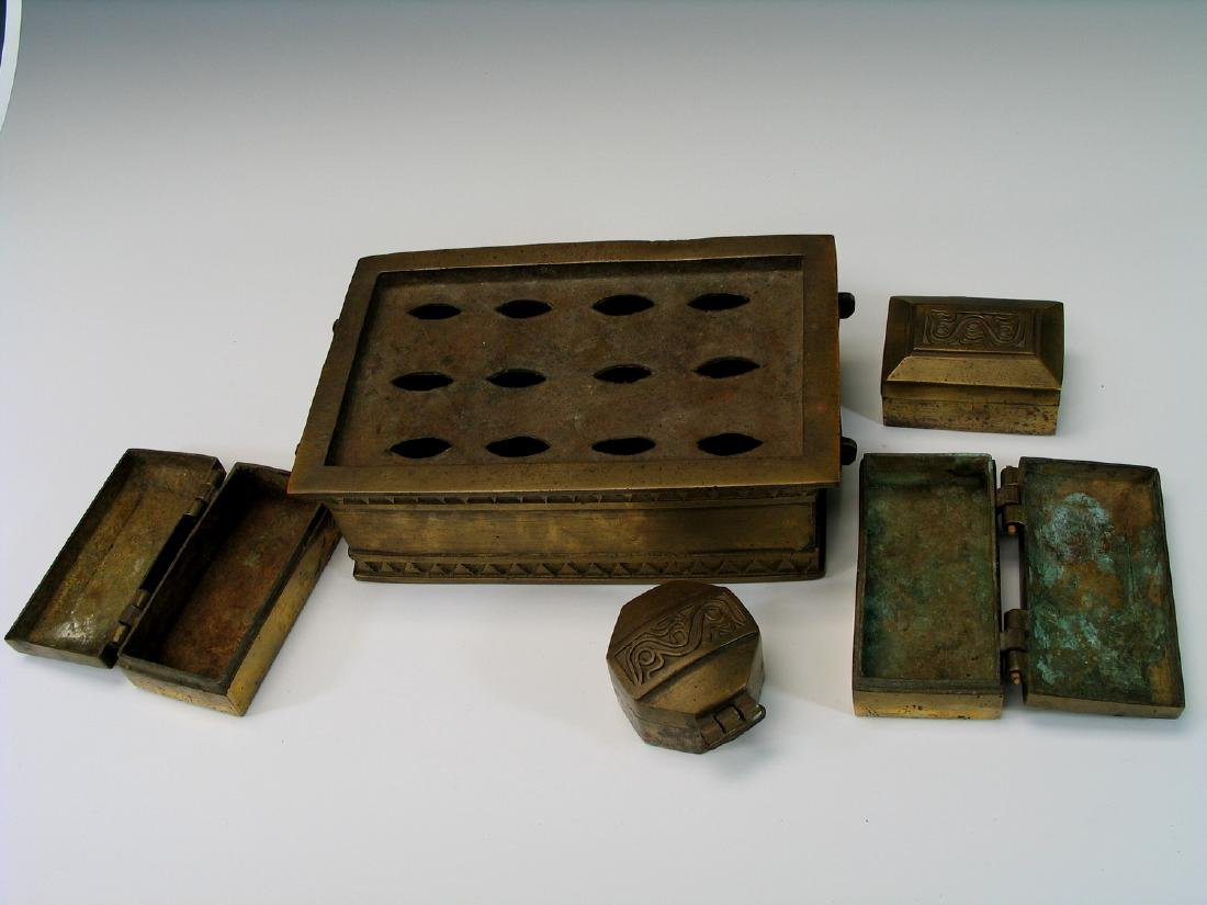 Chinese bronze opium box set. - 3