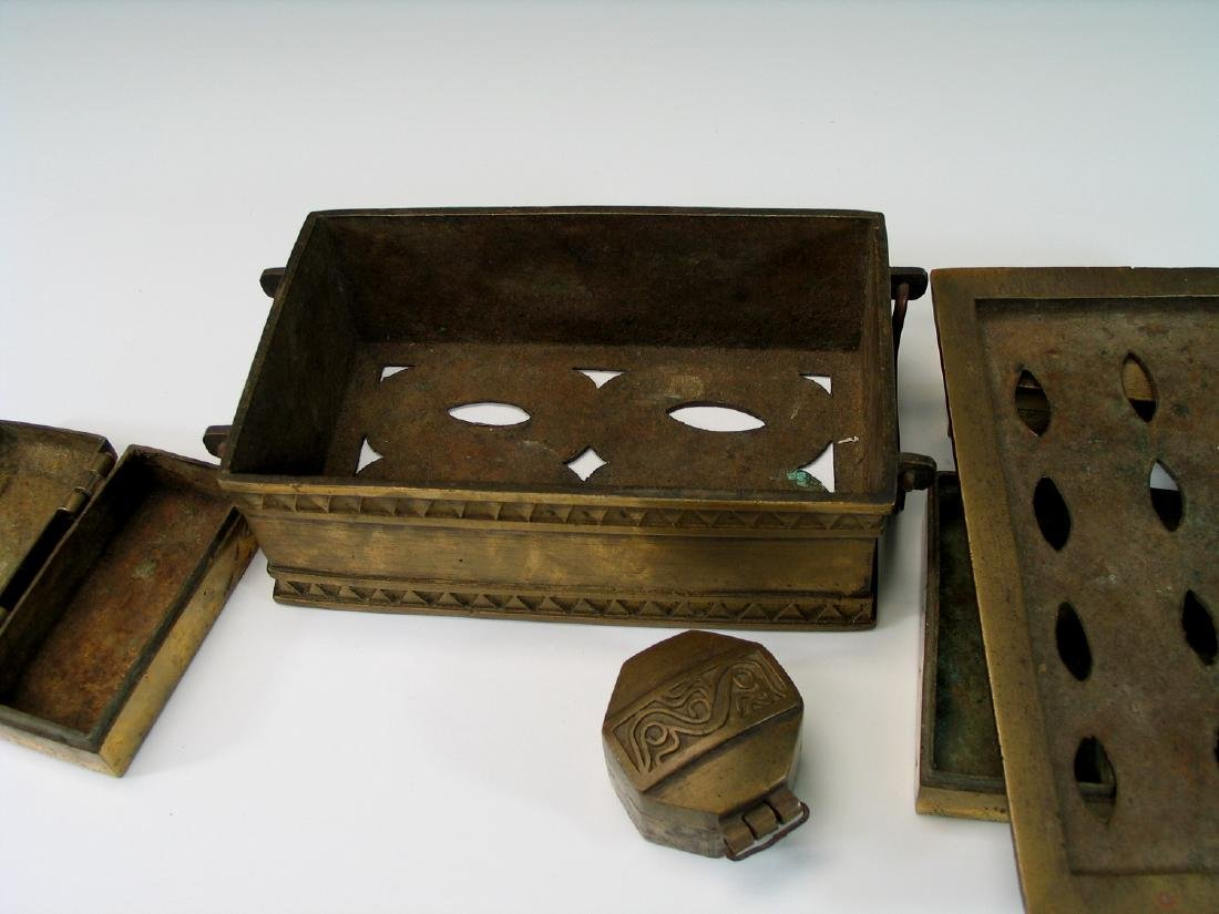 Chinese bronze opium box set. - 4