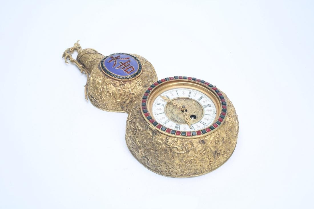 Chinese double gourd clock