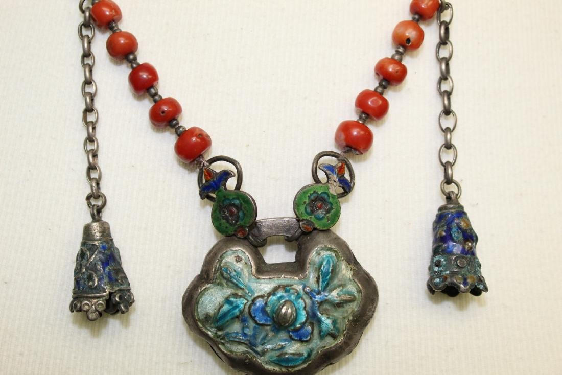 Chinese red coral necklace with silver pendant. - 2