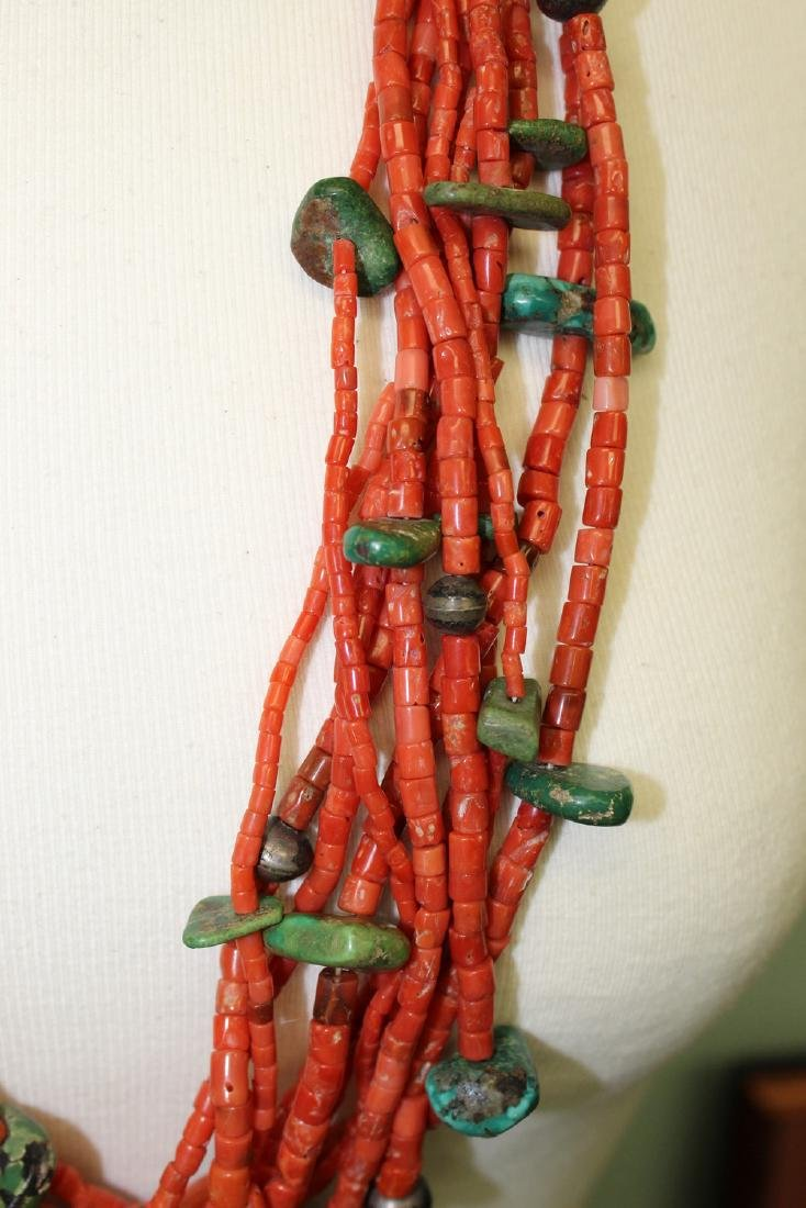 Turquoise and red coral  beads necklace. - 4