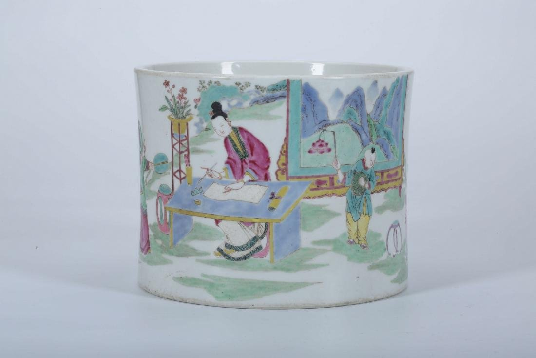 Chinese famille rose porcelain brush pot.