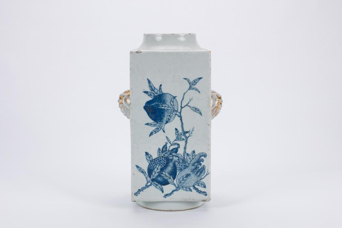Chinese blue and white porcelain Cong vase. - 3