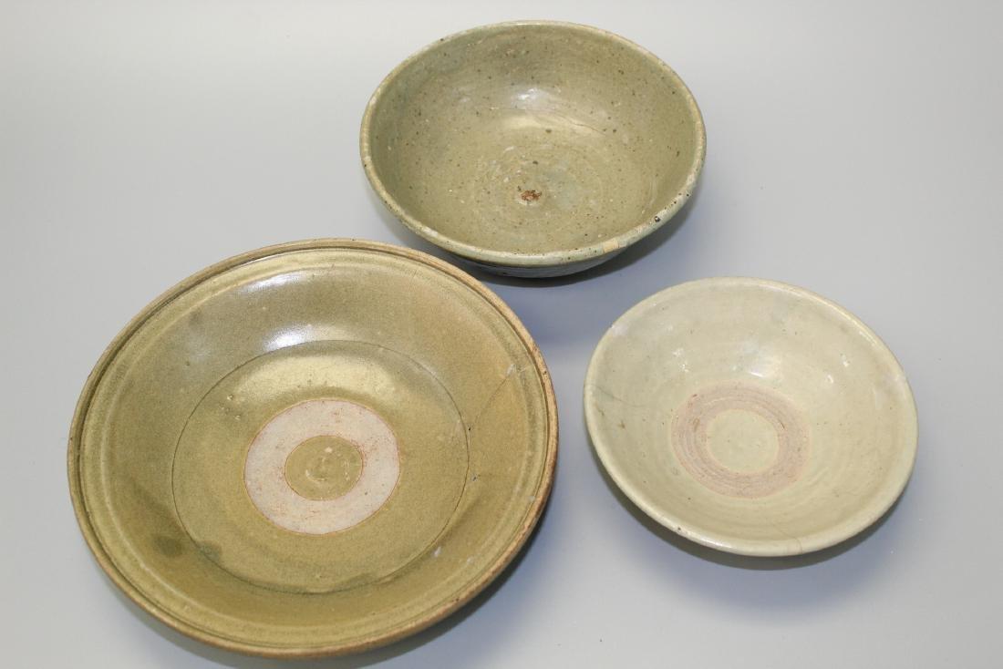 Three Thai Sawankhalok celadon glaze pottery shallow