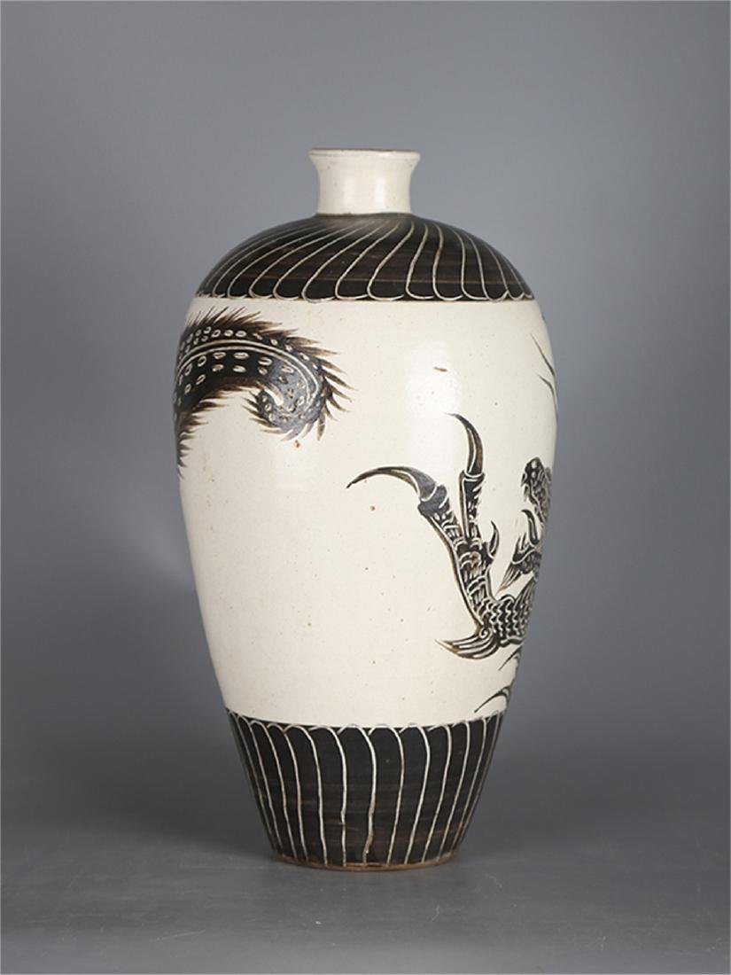 Chinese Cizhou Ware porcelain meiping vase. - 3