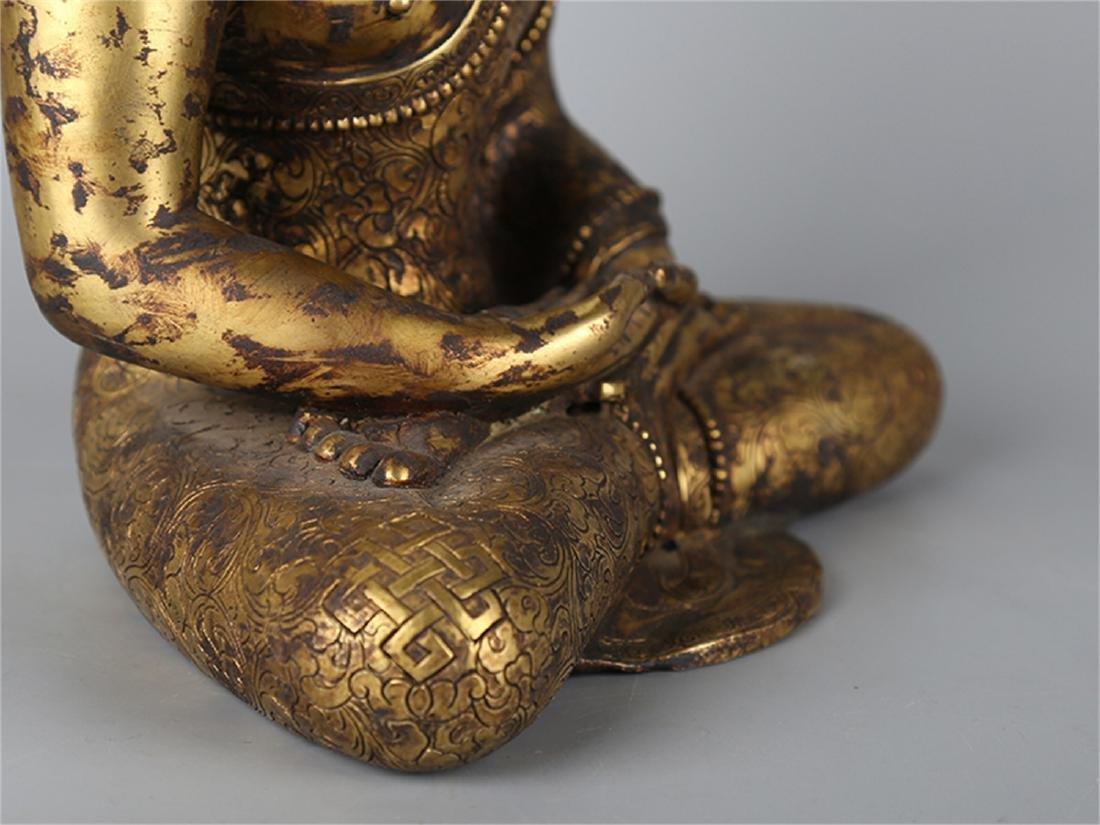 Chinese bronze figure of a Buddha. - 3