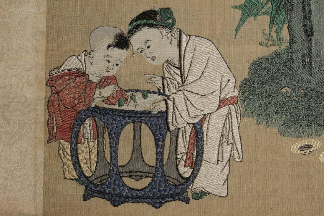 Chinese Silk brocade scroll painting. - 3