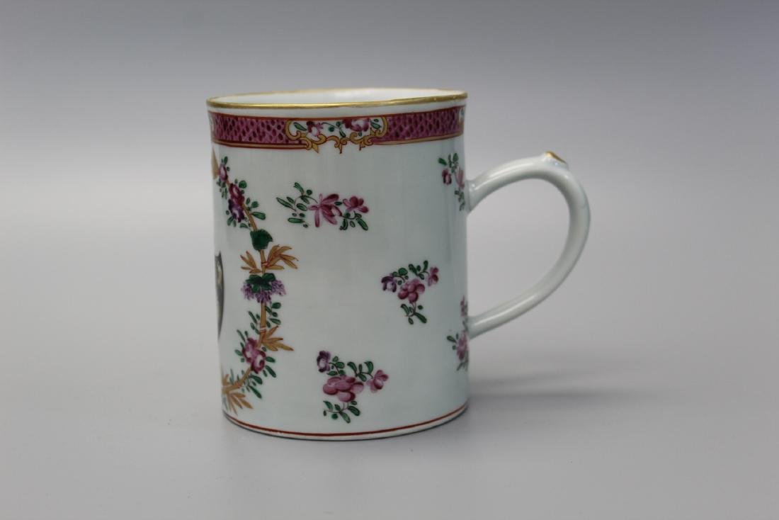Chinese export armorial porcelain mug.