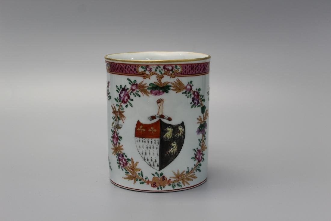 Chinese export armorial porcelain mug. - 3