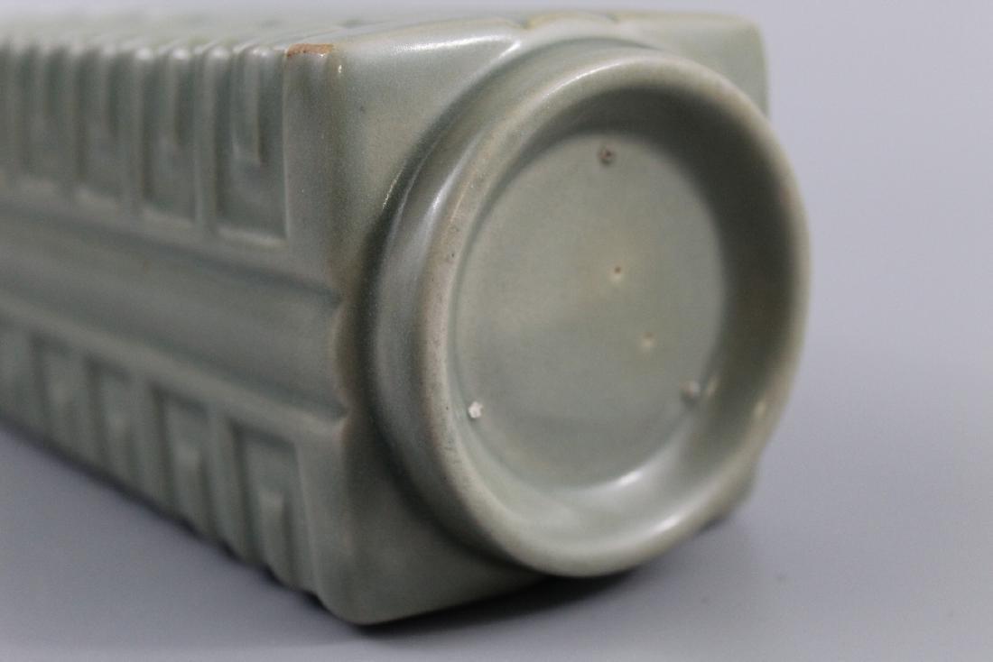 Chinese celadon glazed porcelain Vase. - 4