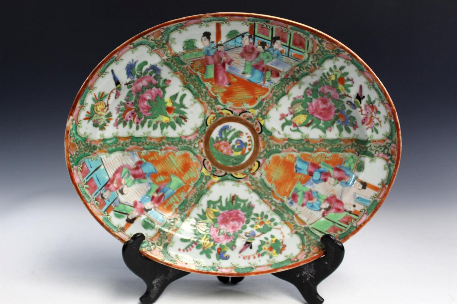 Chinese Export Rose Medallion Oval Plate. Early 20Th C.