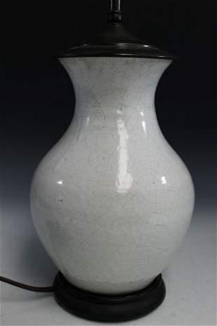 Chinese Crackle Glaze Porcelain Vase Lamp.