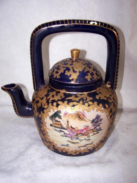 Ornate Chinese Tea Pot