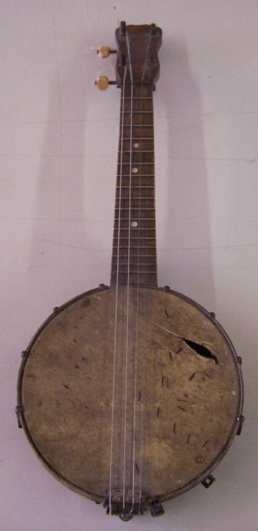 11: Vintage Smaller Banjo Ukulele