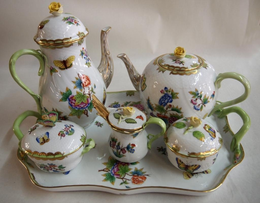 14: Herend Porcelain Hand Painted Tea Set