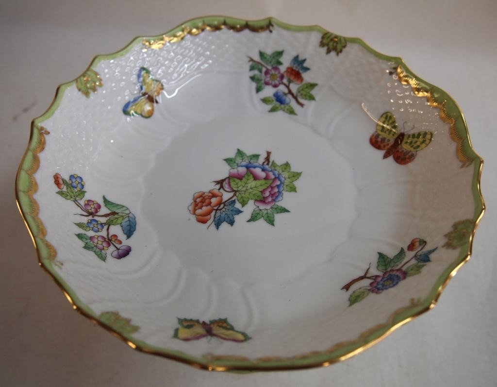 15: Herend Porcelain Hand Painted Dish