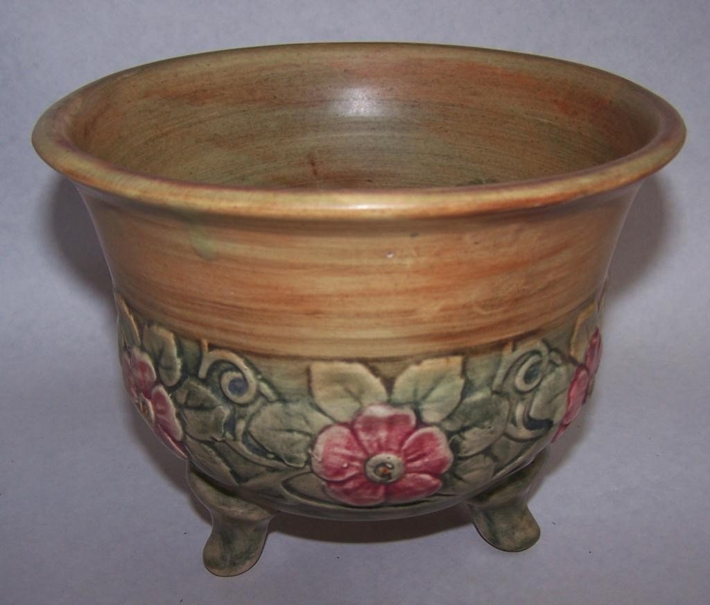 16: Weller Pottery Footed Bowl