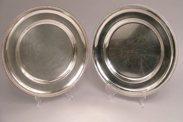 6: A pair of silver plated oval serving plates by D and