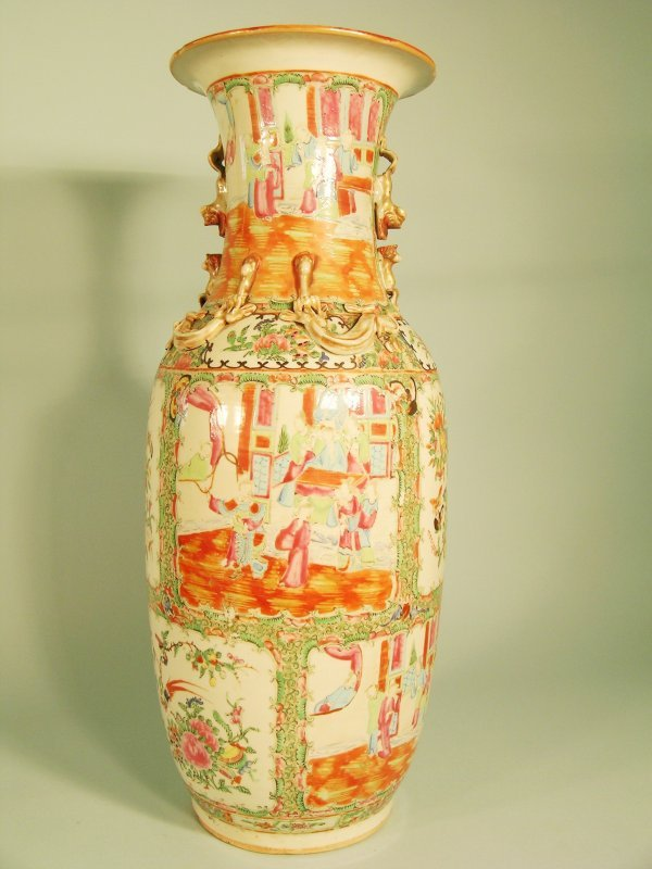 7C: A Chinese Canton famille rose vase, 19th century, d
