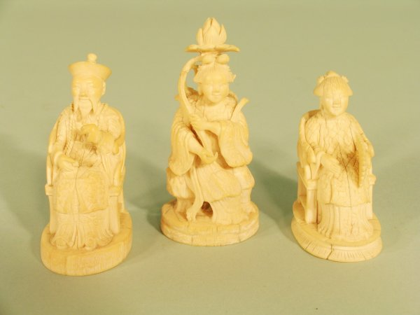 13C: Three Chinese ivory figures, Qing dynasty 19th cen
