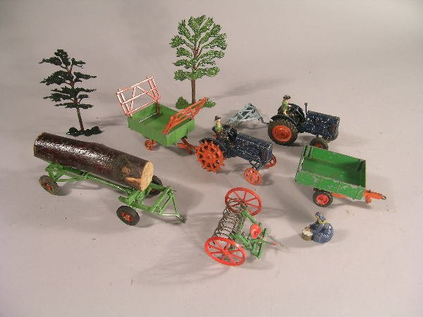 3B: A group of Britains farm and zoo animals also to in