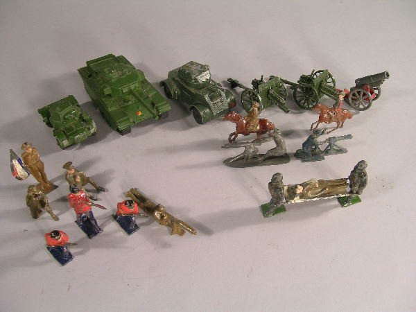 5B: A small group of diecast army vehicles to include a