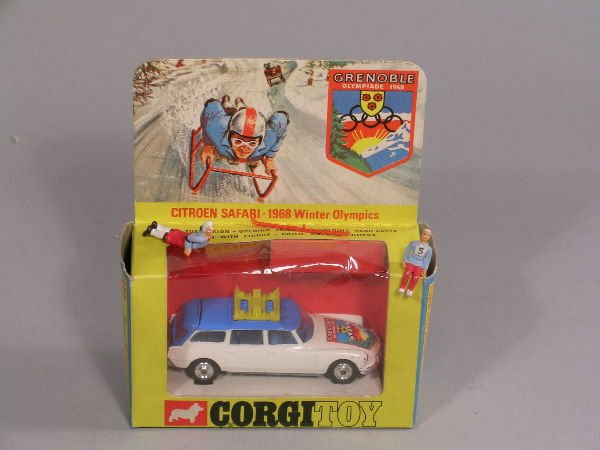 14B: A No 499 Corgi Toy Citroen Safari winter ski Olymp