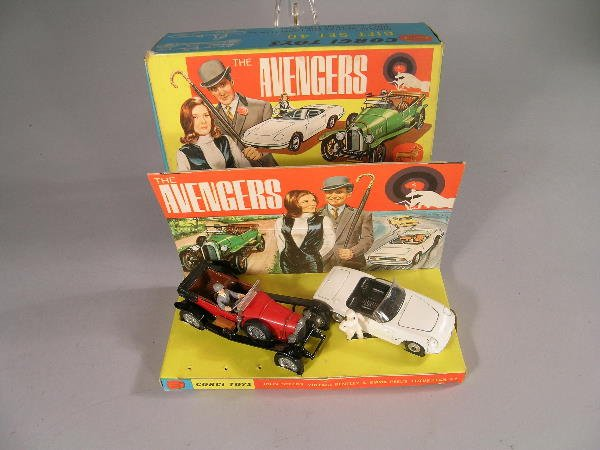 19B: A Corgi Toys gift set no 40, 'The Avengers', model