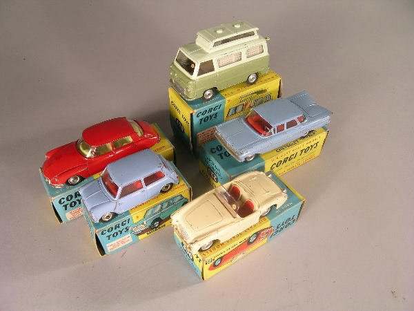 22B: A group of five Corgi cars from 1960s to include n