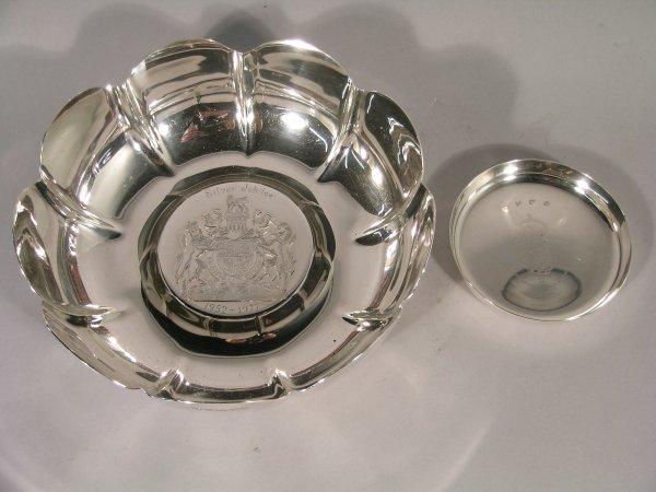 """8C: An Elizabeth II Silver Jubilee bowl, """"SC"""" Sheffield"""