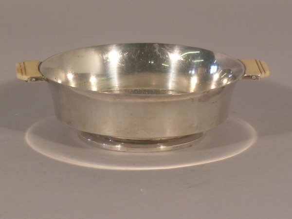 22C: An Art Deco silver two handled bowl Deakin and Fra