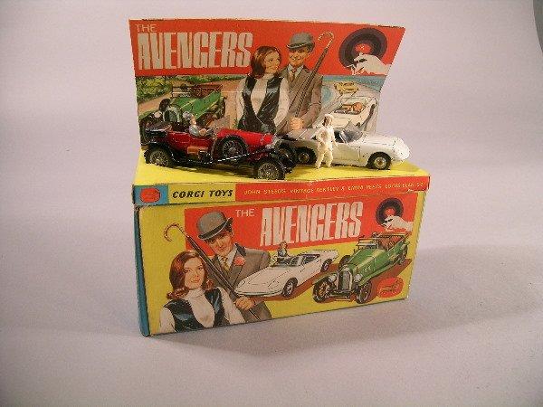 6B: A Corgi Toys gift set no 40, 'The Avengers', comple