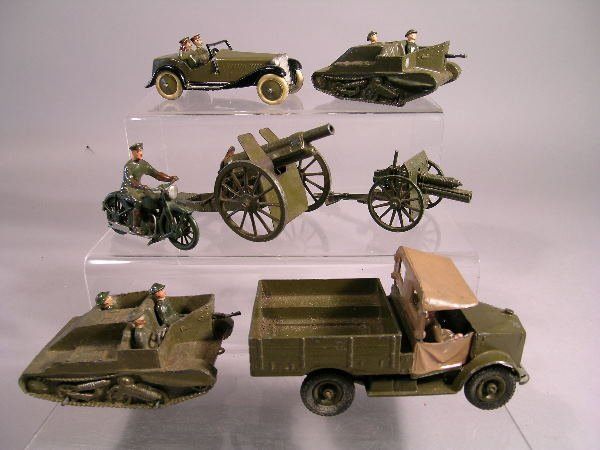 157B: Britains Army Vehicles, a group of six vehicles t