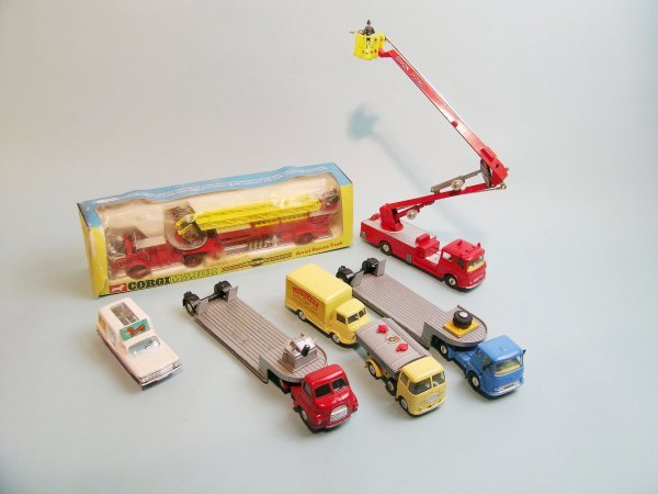 8C: A group of seven Corgi toys dating from 1960s to in