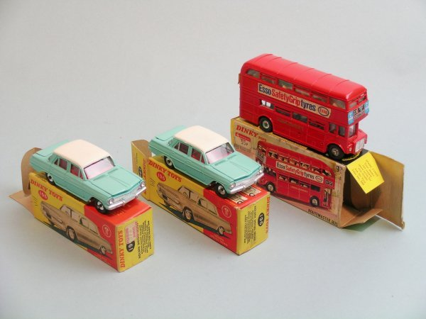 13C: Three boxed Dinky toys, a no. 289 Dinky Toys Route
