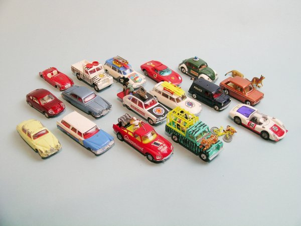 18C: A group of sixteen unboxed Corgi Toys dating from