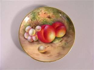 A Royal Worcester dish by E Townsend, date code fo