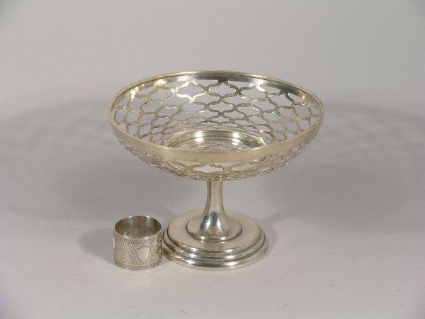 7B: A silver pedestal dish, A & J Zimmerman Ltd, Birmin