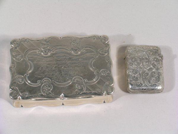 19B: A silver snuff box, Edward Smith, Birmingham 1852,