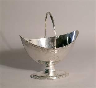 A silver sugar basket Henry Chawner, London 1787, o