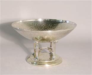 An EPNS Arts and Crafts bowl, the bowl with lightl