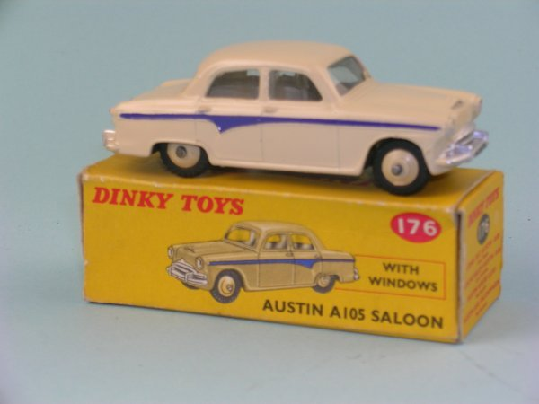 7B: A boxed Dinky Toys No.176 Austin A105 Saloon, the m