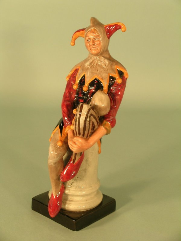 6C: A Royal Doulton figure of The Jester HN2016, style