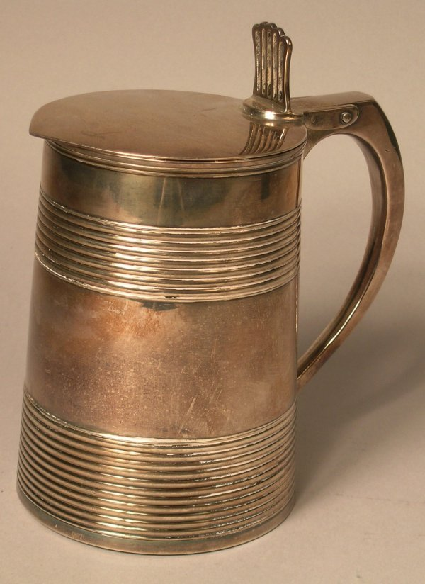 17B: A large George III silver tankard, London 1795,