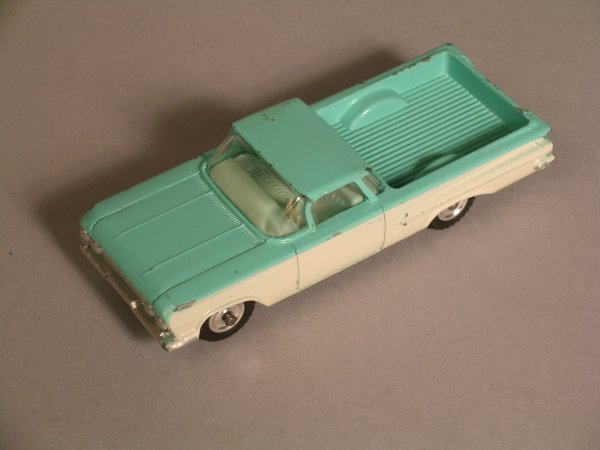 2D: Dinky 449 Chevrolet El Camino pickup turquoise over