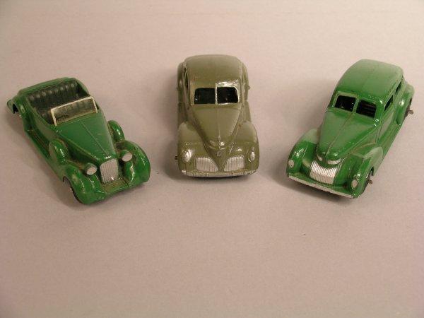 10D: Dinky: 38c Lagonda, green body, dark green seats,
